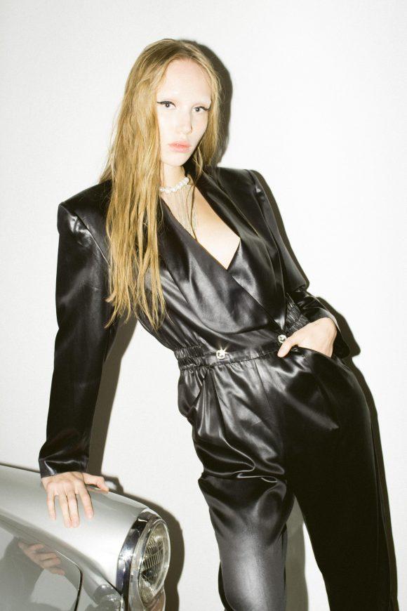Lola Glam Magazine